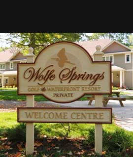 Welcomg sign at Wolfe Springs Resort